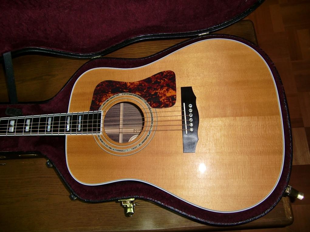 ハードケース」第4弾・Guild D55: My Life My Guitar